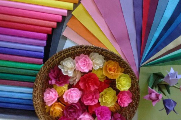 Mercado de luxo_ apresentação do calçado em embalagem de papel de seda personalizado 1
